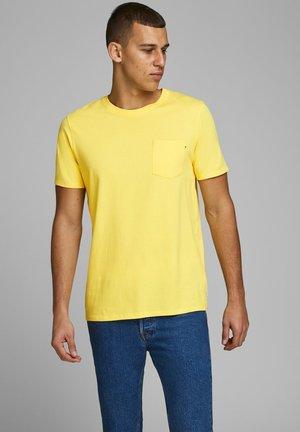 JJEPOCKET TEE SS O-NECK NOOS - T-shirt basique - lemon drop