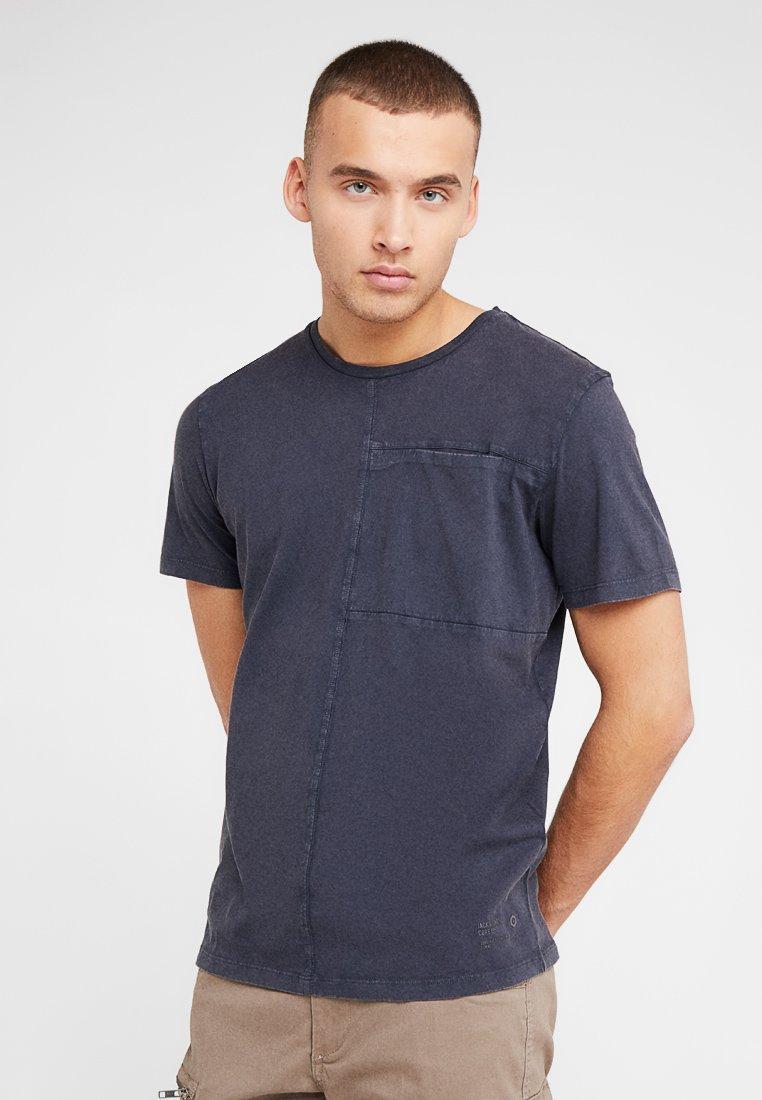 Jack & Jones - JCOJOW TEE CREW NECK - Camiseta básica - asphalt