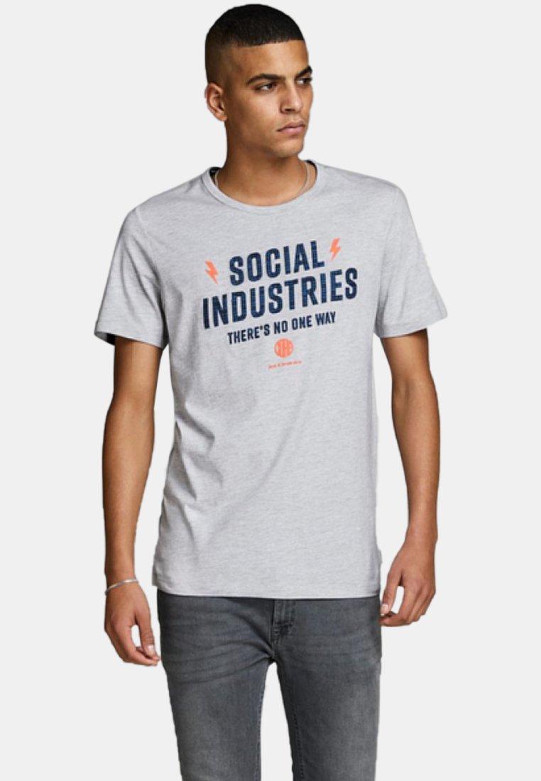 T Jackamp; ImpriméLight Grey Jones shirt vNnO0wym8