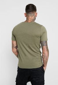 Jack & Jones - JCOBOOSTER TEE CREW NECK 2 PACK - T-shirts med print - maritime blue - 2