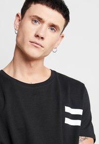 Jack & Jones - JCOLIME TEE CREW NECK - T-Shirt print - black - 3
