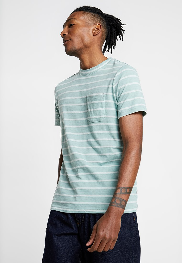 Jack & Jones - JCOKLARK TEE CREW NECK SLIM FIT - Print T-shirt - blue surf