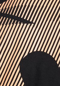 Jack & Jones - JCOUPSCALE TEE CREW NECK - Triko spotiskem - black - 5