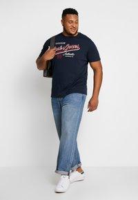 Jack & Jones - JJELOGO TEE  CREW NECK  - Print T-shirt - navy - 1