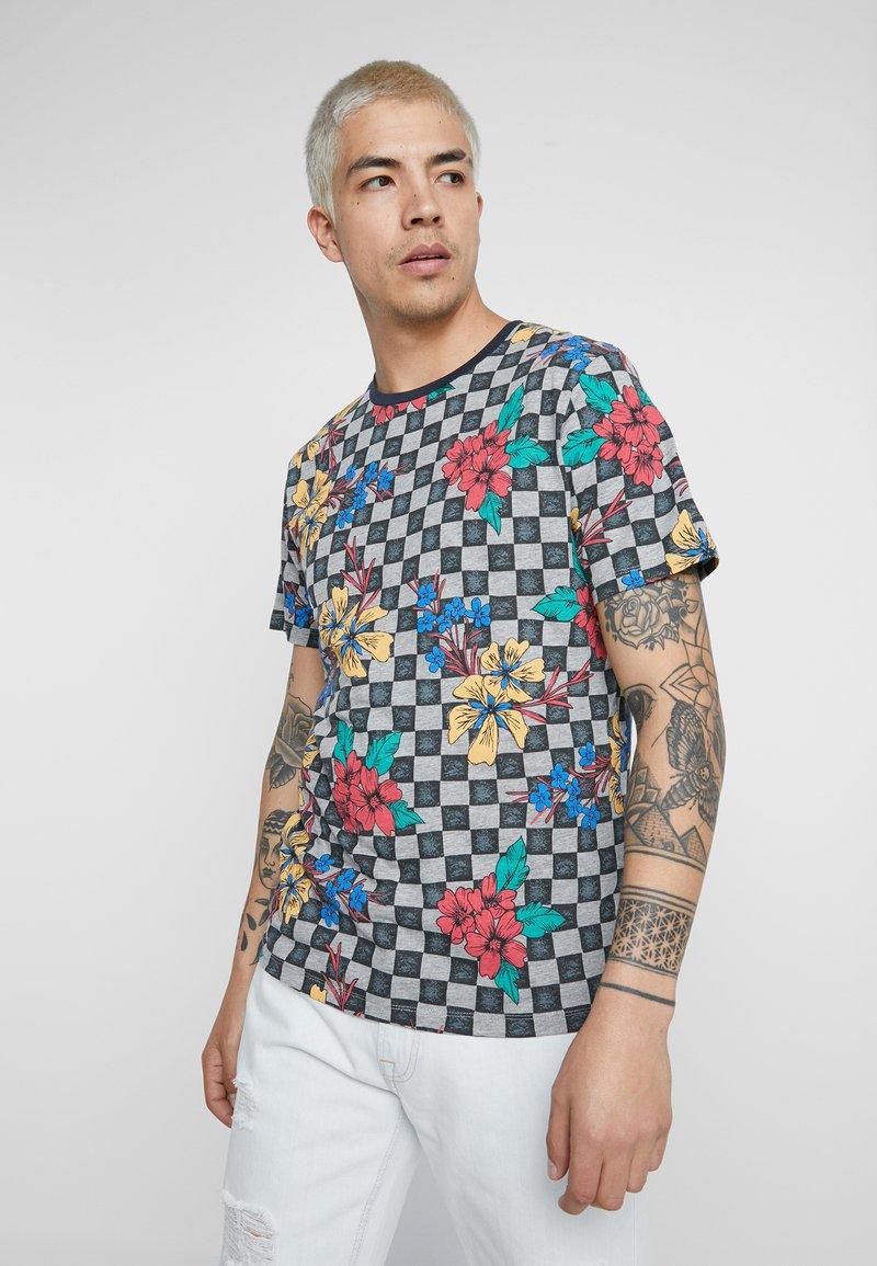 Jack & Jones - JORKHADIJ TEE CREW NECK - T-Shirt print - light grey melange