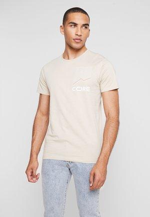 JCOAPEX TEE CREW NECK - Print T-shirt - tan