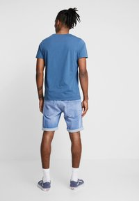 Jack & Jones - JORNEWFUNKI TEE CREW NECK - Print T-shirt - ensign blue - 2