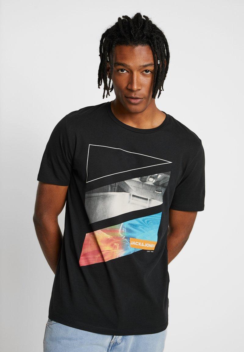 Jack & Jones - JCOAUTUMN TEE CREW NECK  - T-shirts print - black