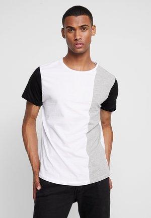 JCOSAINT TEE CREW NECK - Print T-shirt - white