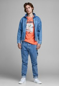 Jack & Jones - T-Shirt print - persimmon - 1