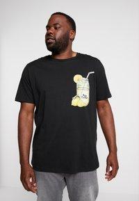Jack & Jones - JORMELTING TEE CREW NECK - T-shirt med print - black - 0