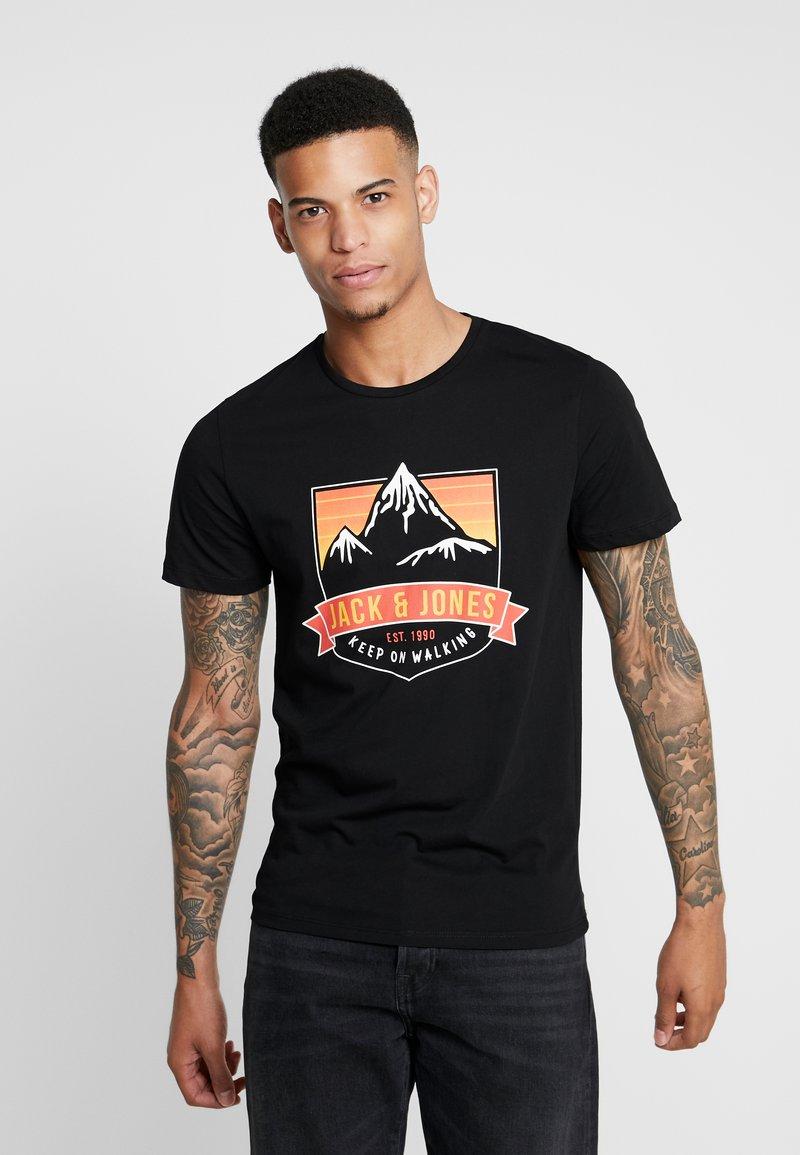 Jack & Jones - JORADVENTURE TEE CREW NECK - Print T-shirt - black