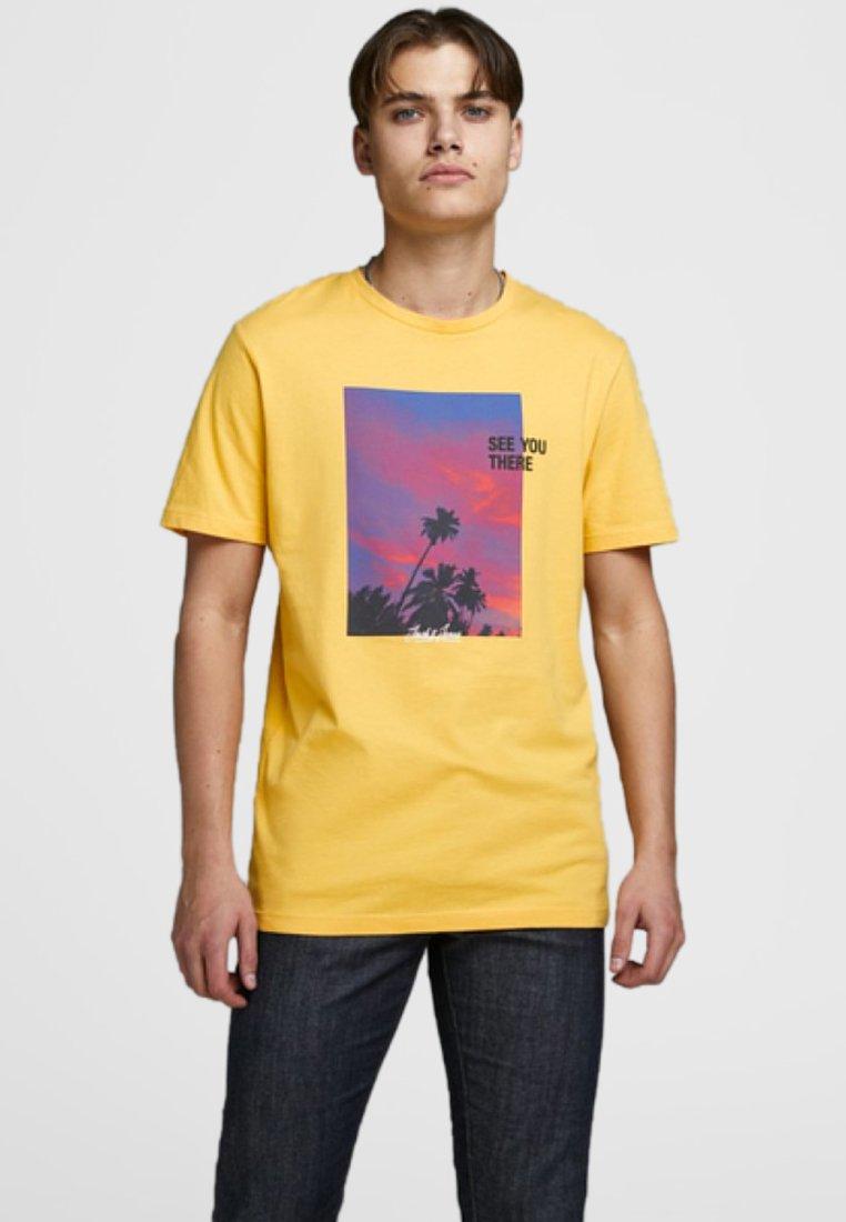 Jack & Jones - T-shirt imprimé - yolk yellow