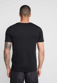 Jack & Jones - JELOGO - T-shirt imprimé - black - 2