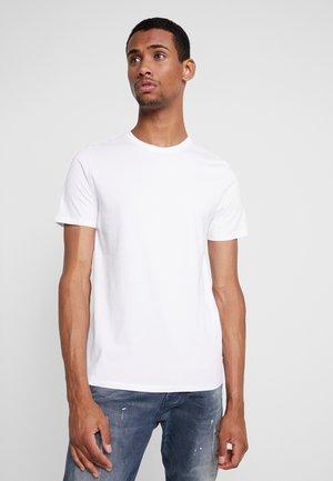 JJEORGANIC BASIC TEE - Basic T-shirt - white
