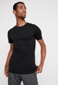 Jack & Jones - JJEORGANIC BASIC TEE - Camiseta básica - black - 0
