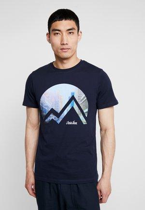 JORDANY TEE CREW NECK - T-shirt med print - navy blazer