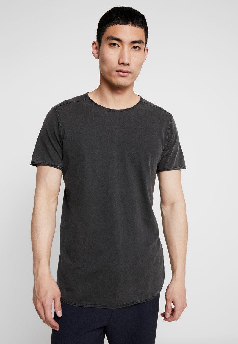 Jack & Jones - JORPEAKS TEE CREW NECK - T-Shirt basic - black
