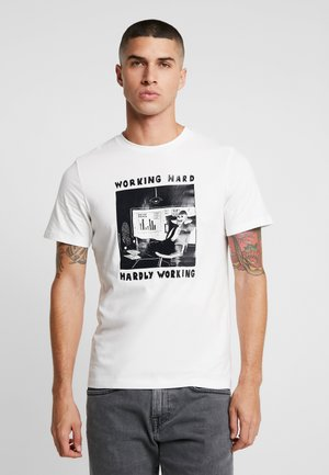 JORMARCEL TEE CREW NECK - T-Shirt print - cloud dancer