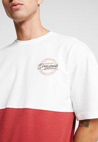 Jack & Jones - JORWILLEM TEE  - Print T-shirt - brick red - 4