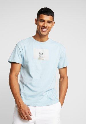 JORGILBERT ANIMAL TEE CREW NECK - T-shirt print - forget-me-not