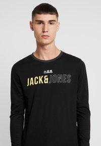 Jack & Jones - JCOMONDO TEE CREW NECK - Langarmshirt - black - 4