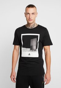 Jack & Jones - JCOSEGA PLAYSTATION TEE CREW NECK - T-shirt med print - black - 2