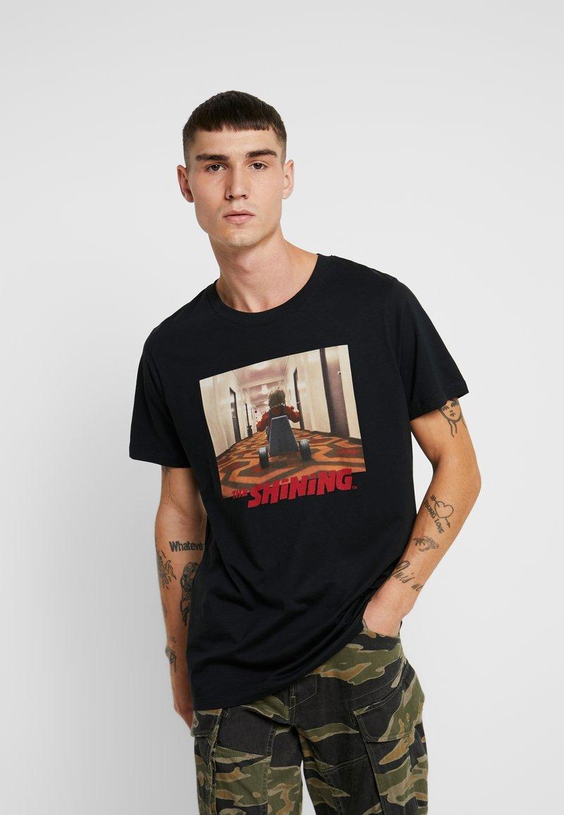 Jack & Jones - JORTHESHINING TEE CREW NECK - T-shirt med print - tap shoe