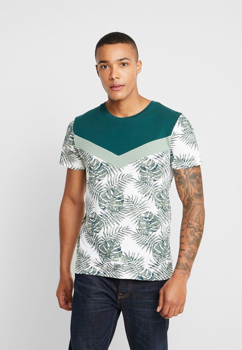 Jack & Jones - JORKENDRICK TEE  - T-shirts print - green bay