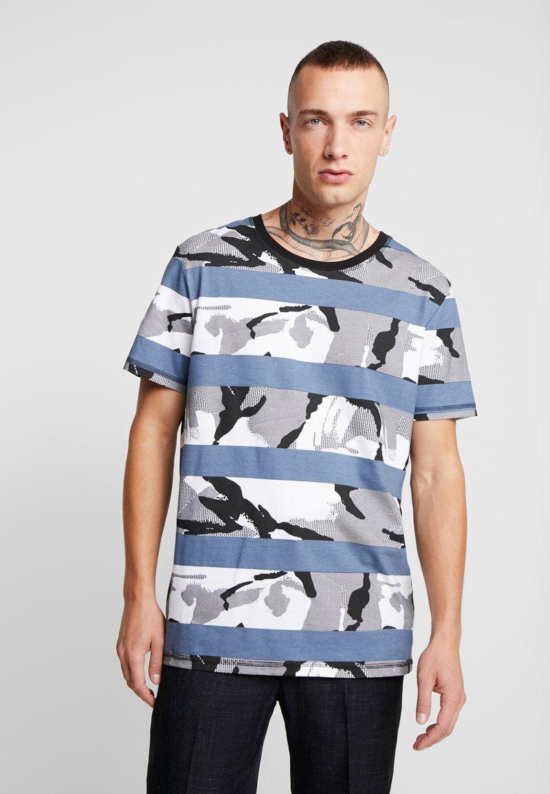 Jack & Jones - JCOMIGO TEE  - Print T-shirt - china blue