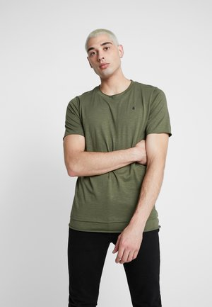 JORASTON TEE CREW NECK - Jednoduché triko - dusty olive