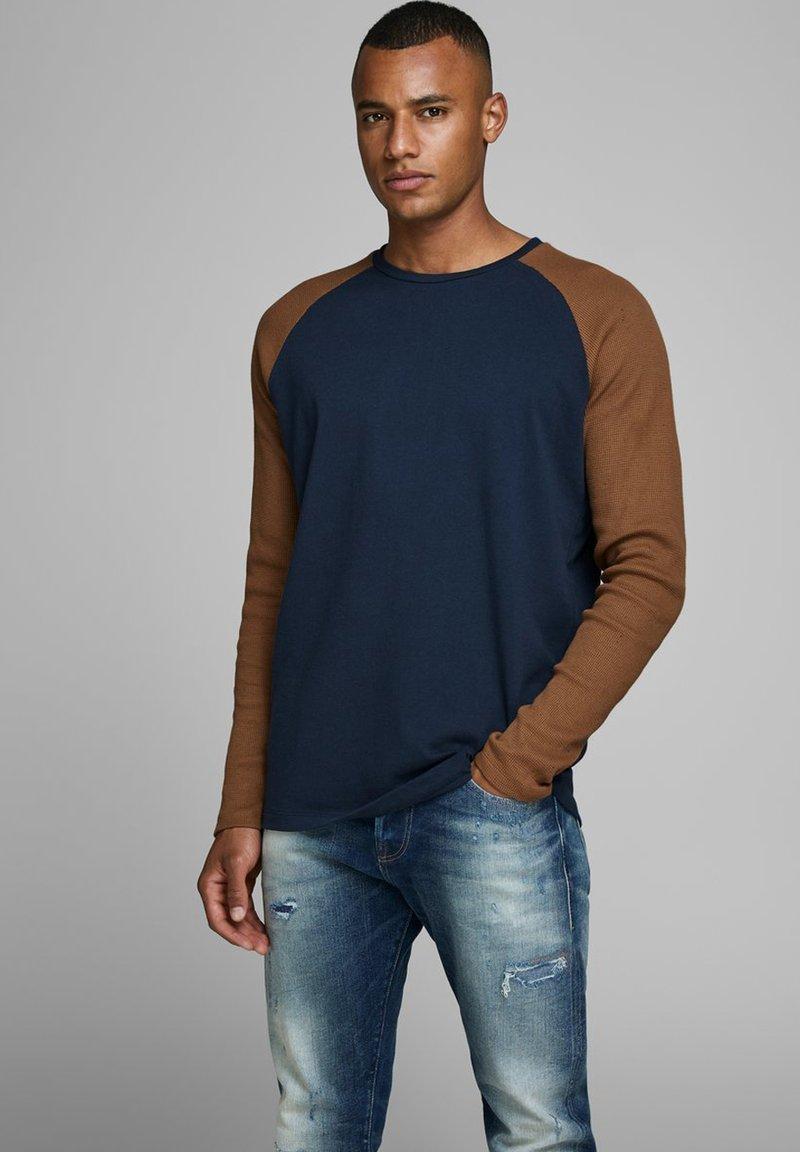 Jack & Jones - Långärmad tröja - navy blazer