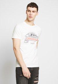 Jack & Jones - JORHAYES TEE  CREW NECK - T-Shirt print - white - 0