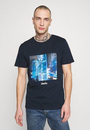 JORCITY TEE CREW NECK - T-shirt print - navy blazer