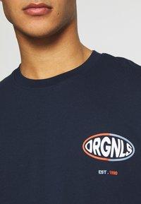 Jack & Jones - JORLOGGS TEE CREW NECK  - T-Shirt print - navy blazer - 5