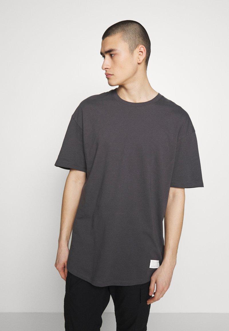 Jack & Jones - JCOALEX TEE CREW NECK - Basic T-shirt - asphalt