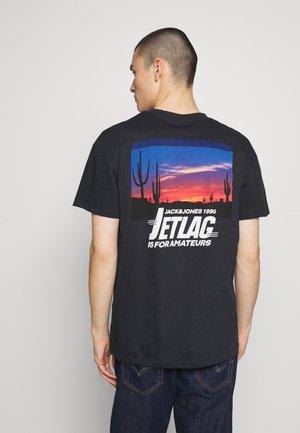 JORSUNS TEE CREW NECK - T-shirt med print - black
