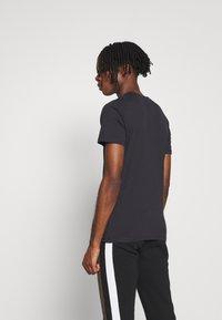Jack & Jones - JORSOLEX CREW NECK - T-shirt print - tap shoe - 2