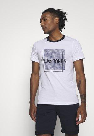 JCOMELVIN TEE CREW NECK - T-shirt print - white