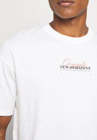 Jack & Jones - JORCASABLANCA - Print T-shirt - white - 5