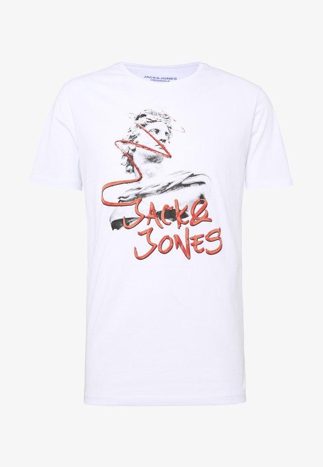 JORNICK TEE  - Camiseta estampada - white