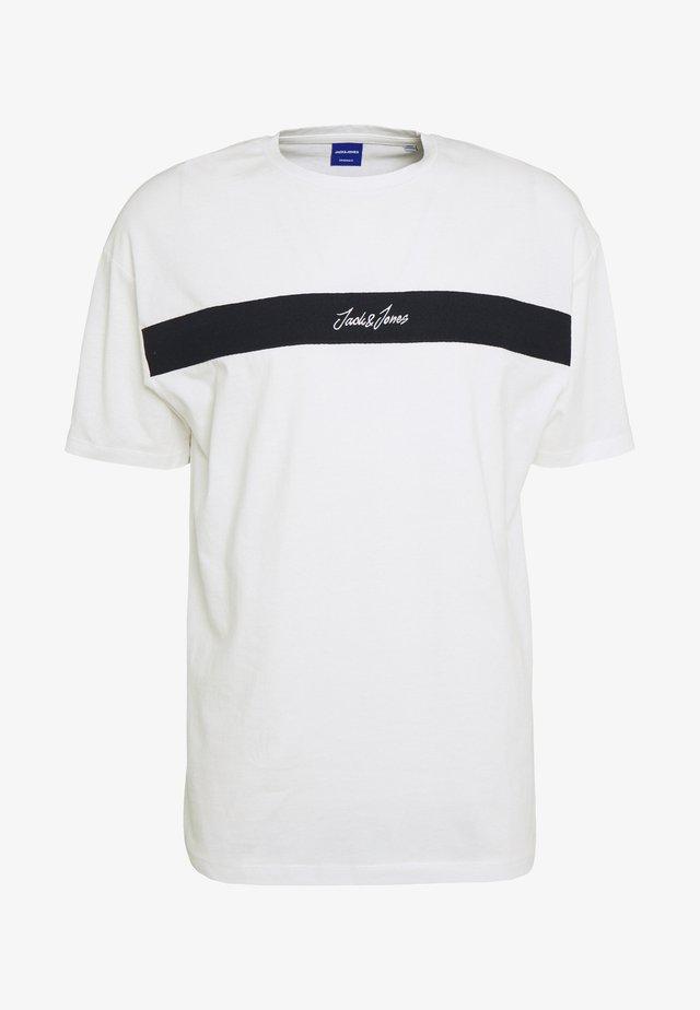 JORCOARSE TEE CREW NECK - Camiseta estampada - cloud dancer