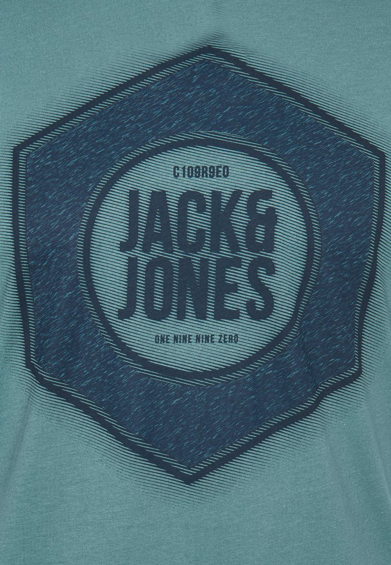 Jack & Jones JCOLOGO-UNIVERSE TEE CREW NECK - T-shirt con stampa - north atlantic ftBqWF nuovo arrivo