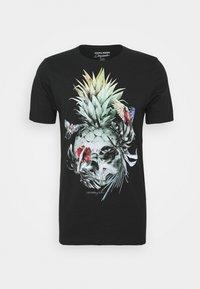 Jack & Jones - JORRAF TEE CREW NECK - Print T-shirt - tap shoe - 0