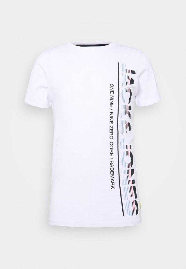 JCOSTRUCTURE TEE CREW NECK - Camiseta estampada - white