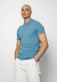 Jack & Jones - JJEBASIC - Polotričko - blue heaven - 0