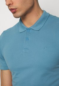 Jack & Jones - JJEBASIC - Polotričko - blue heaven - 4