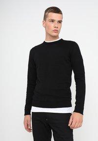 Jack & Jones - JJEBASIC - Stickad tröja - black - 0