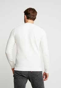 Jack & Jones - JELIAM CREW NECK - Pullover - jet stream - 2