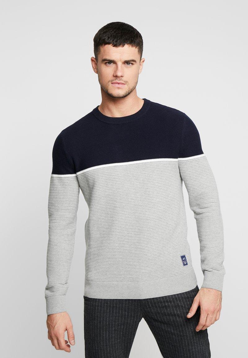 Jack & Jones - JORBRIT CREW NECK - Sweter - light grey melange